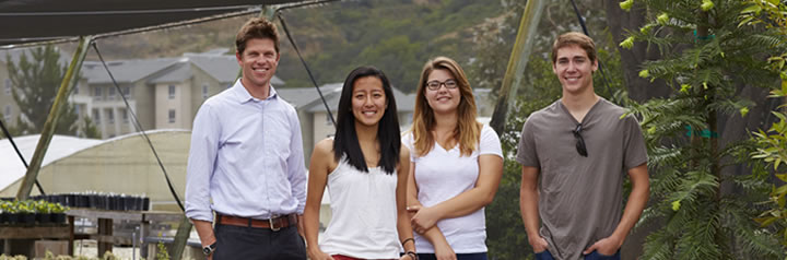 Cal Poly students smiling